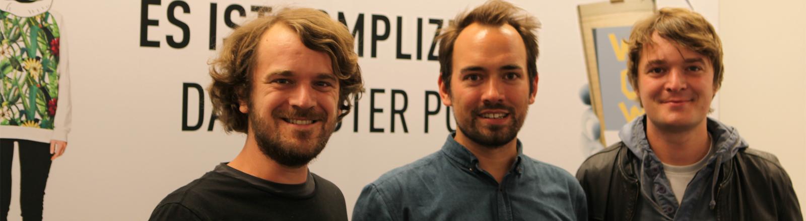 Madsen zu Gast bei Dominik Schottner im DRadio-Wissen-Studio.