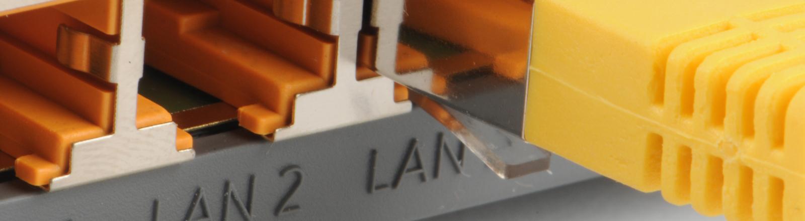 Rückseite eines Routers