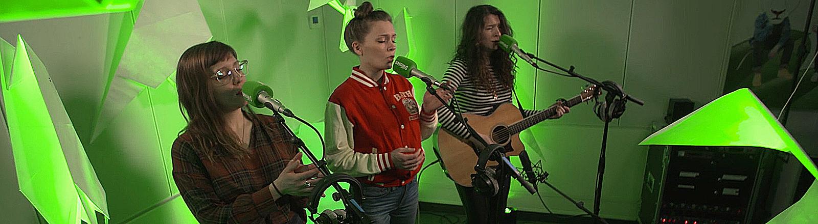 Die US-Band Joseph bei dem Konzert in Köln