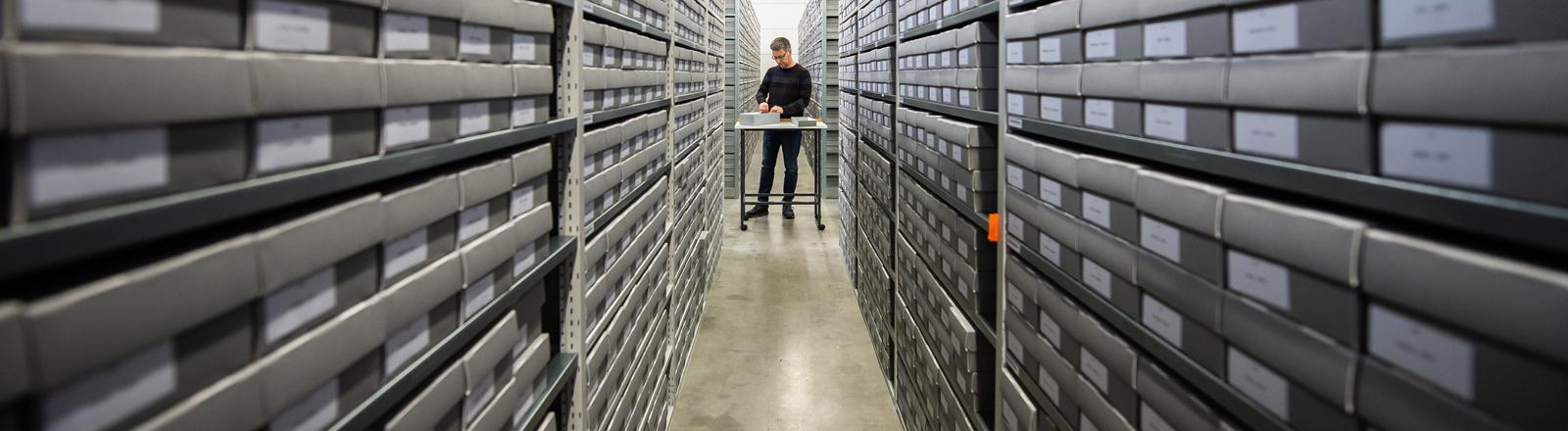 Der ITS ist ein Archiv und Dokumentationszentrum über NS-Verfolgung und die befreiten Überlebenden.