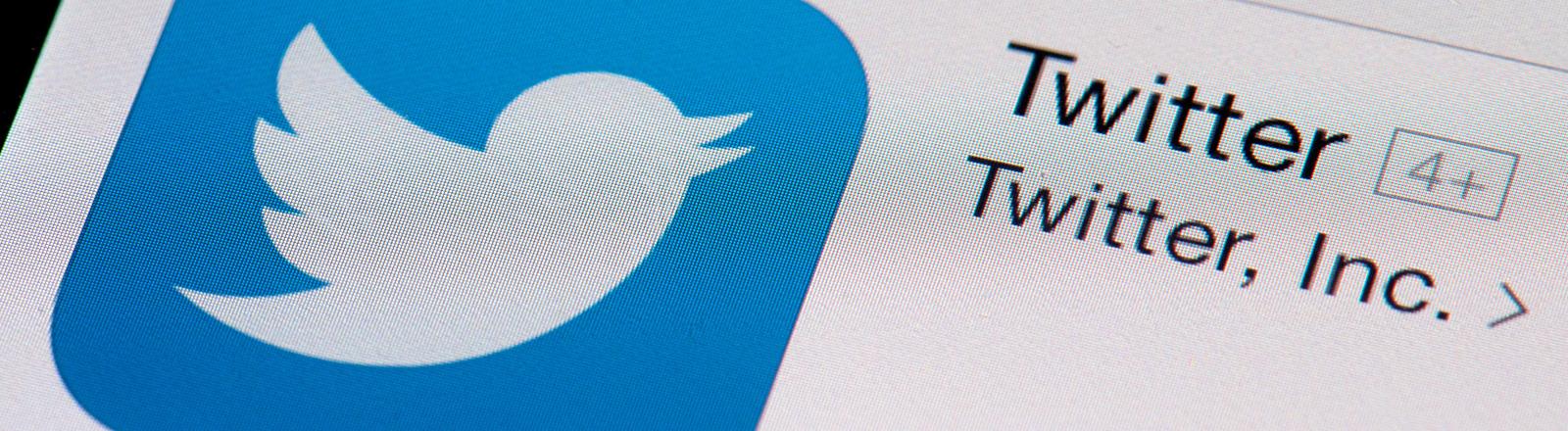 Das Logo von Twitter auf einem Smartphone.