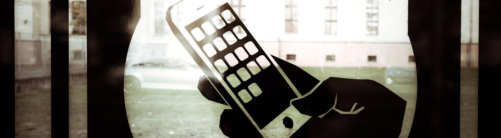 Ein Handy-Nutzer im Fadenkreuz der Überwachung