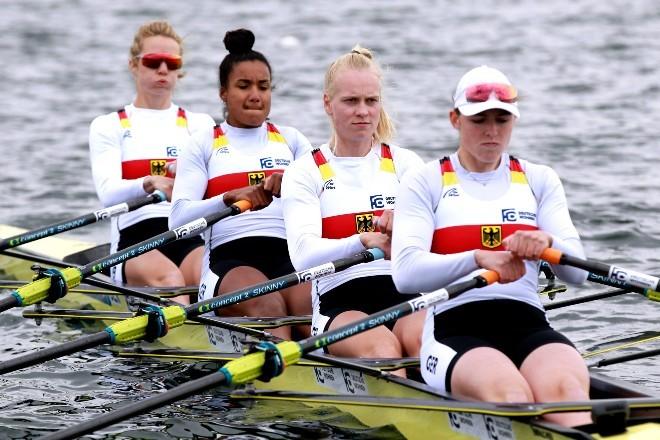 Das Doppelvierer Ruderteam der Frauen mit (von hinten nach vorn) Daniela Schultze, Carlotta Nwajide, Frieda Franziska Kampmann und Frieda Hämmerling.