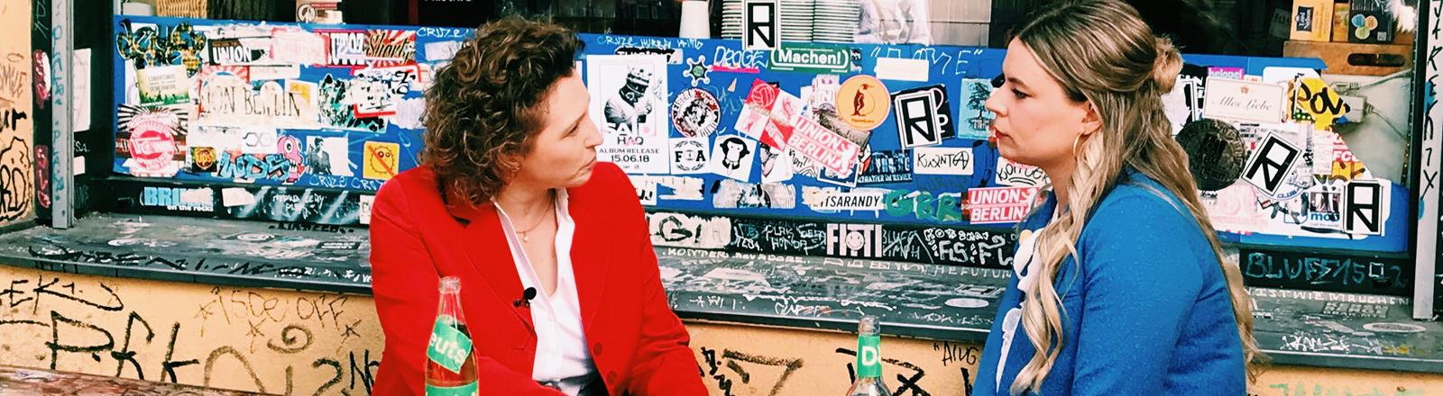 Die FDP-Politikerin Nicola Beer im Gespräch mit Rahel Klein