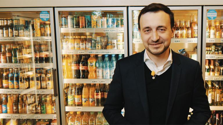 CDU Generalsekretär Paul Ziemiak im Berliner Späti