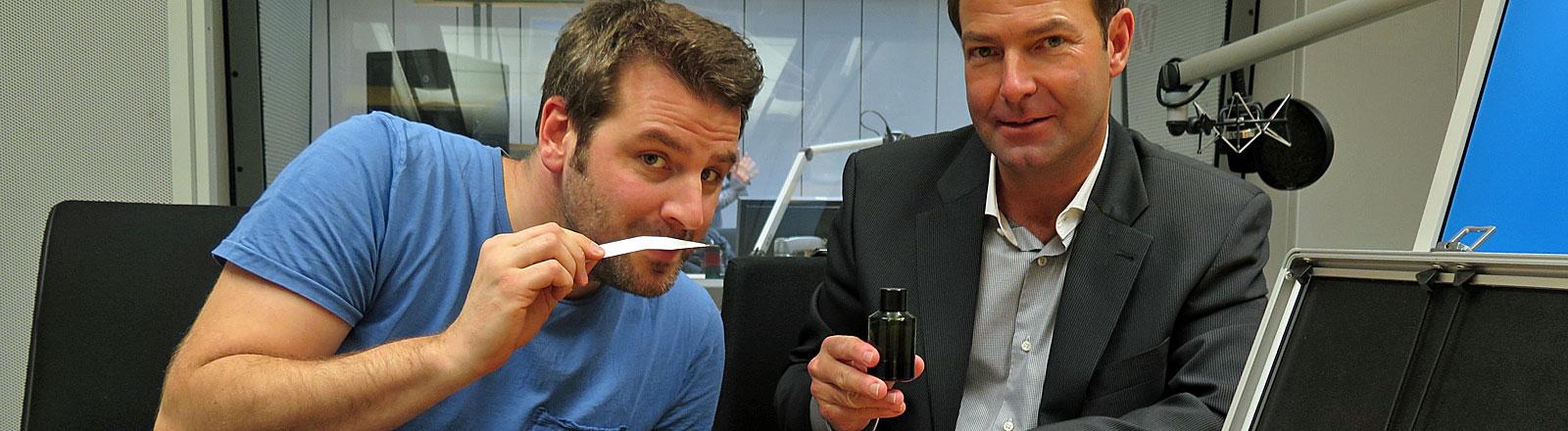 Moderator Ralph Günther und Parfümeur Frank Rittler