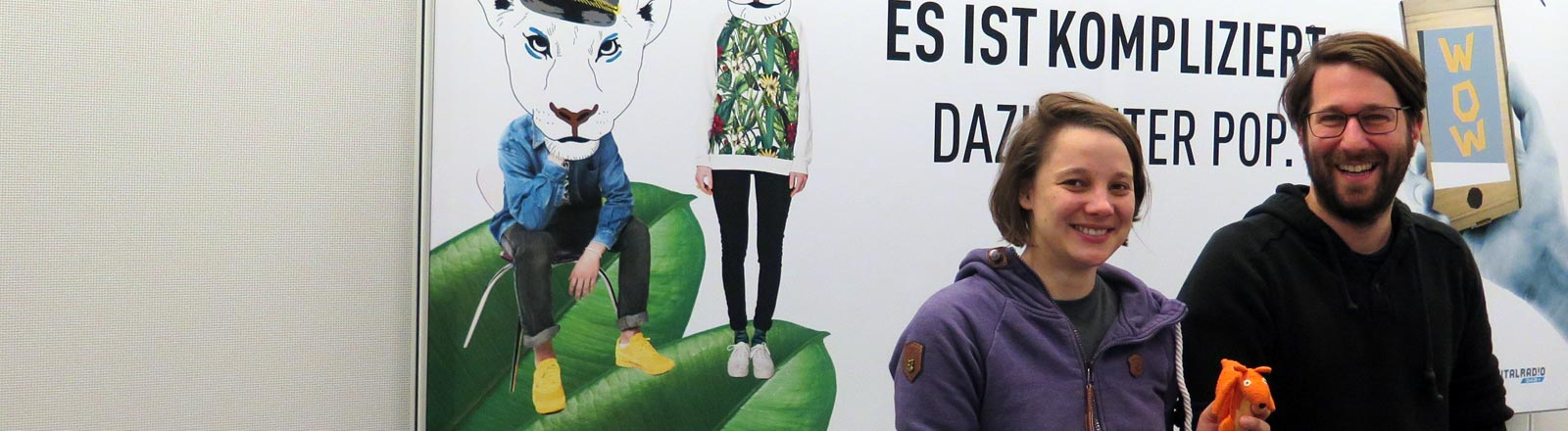 Game-Designerin Linda Kruse und Moderator Sebastian Sonntag.
