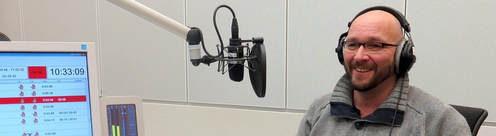 Christian Bednarek im DRadio-Wissen-Studio