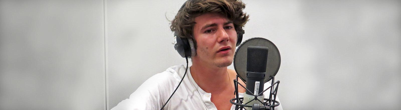 Musiker Faber bei Deutschlandfunk Nova