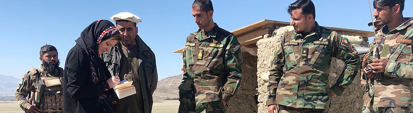Stefanie Glinski in Afghanistan