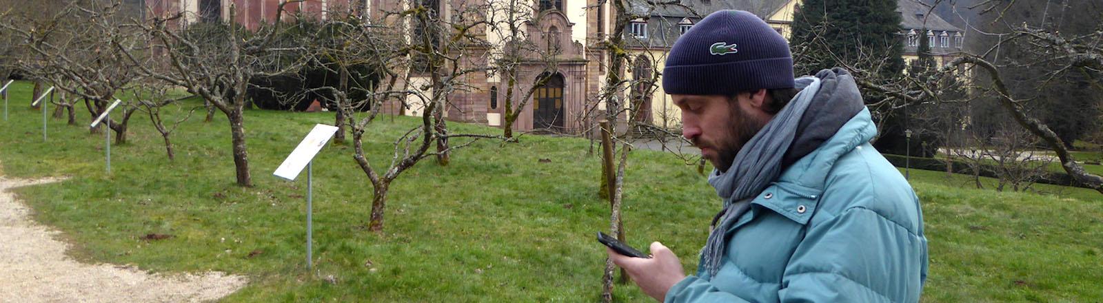 Fritz im Kloster ohne Handyempfang