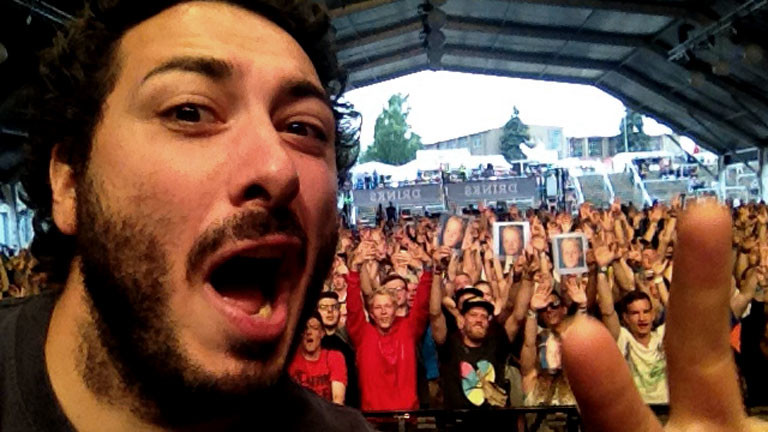 Ein Selfie von Beatboxer Mando beim Splash Beatbox Battle  2015