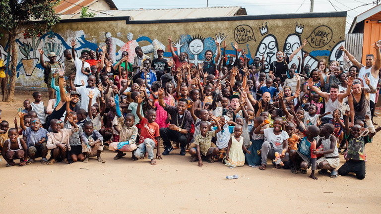 Tilla ist in Uganda