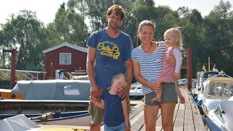 Die Familie Grigoleit in ihrem eigenen Hafen