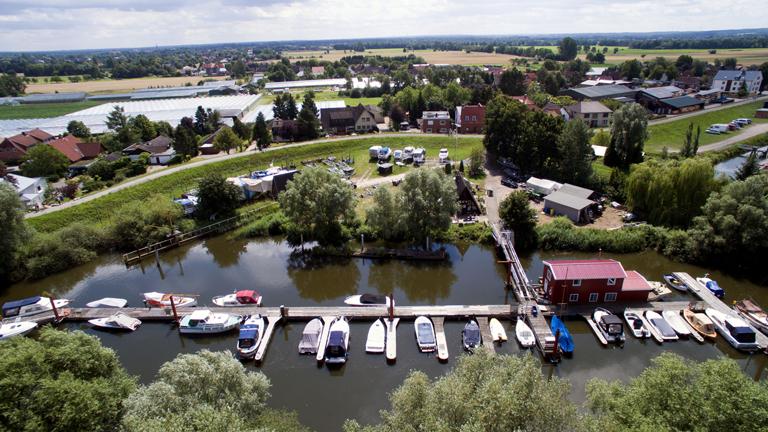 Luftbild des Hafens von Jill und Ole Grigoleit