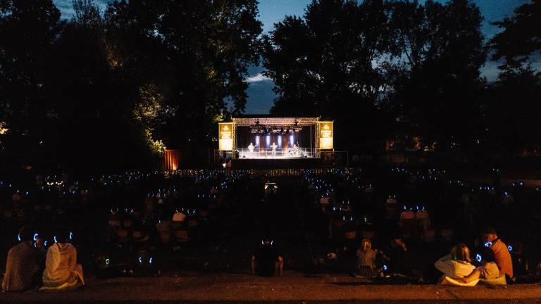 Kopfhörerkonzert von Maxim im Jugendpark Köln