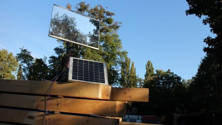 Die Sonnenscheinmaschine: Ein selbstgebaute Heliostat