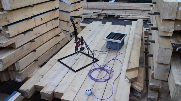 Ein selbstgebauter Heliostat: das aufwändigste Netzbastelprojekt