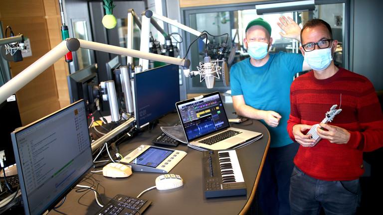Moritz und Frank im Berliner Studio von Deutschlandfunk Nova