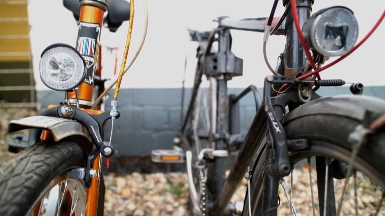 Zwei Fahrräder