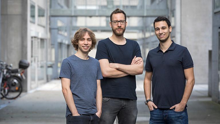 IT-Sicherheitsexperten an der TU Graz: Daniel Gruß, Moritz Lipp und Michael Schwarz