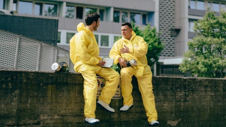 Tatortreiniger Thomas Kundt (rechts) ist Tatortreiniger und Desinfektor