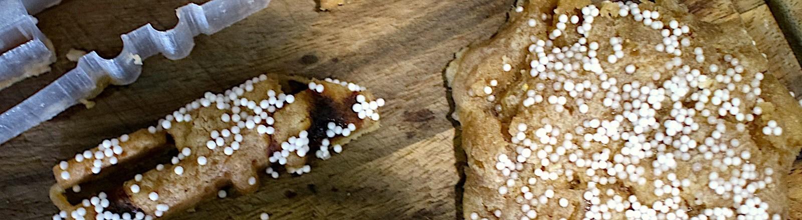 Kekse auf einem Blech
