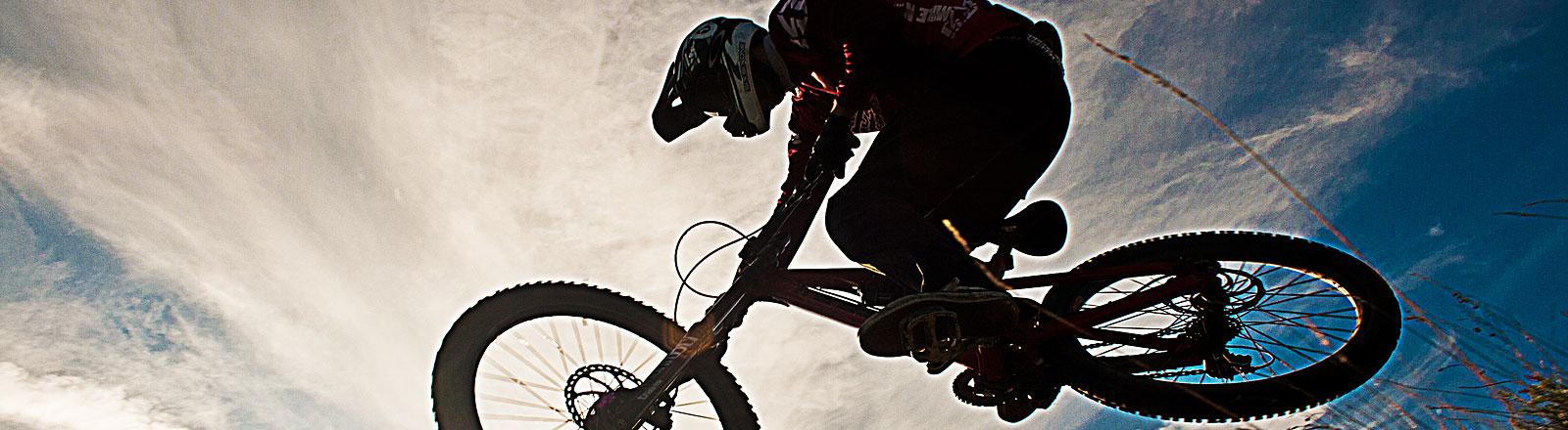 Mountainbiker in der Sonne