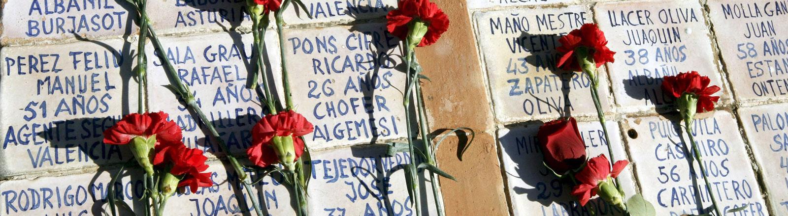 Massengrab für Opfer des spanischen Franco-Regimes