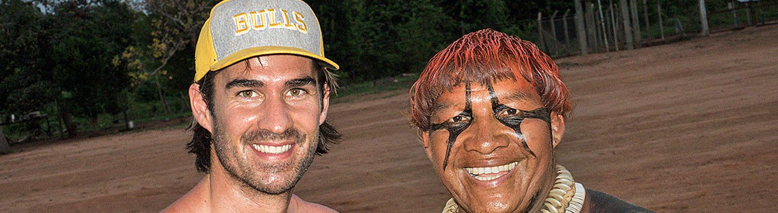 York Hovest und ein Xinguano in Brasilien