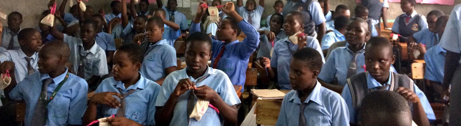 Kenianische Schülerinnen
