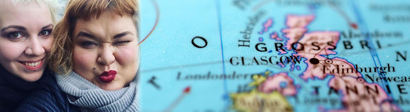 Eine Karte von Großbritannien und zwei Frauen die einen Knutschmund