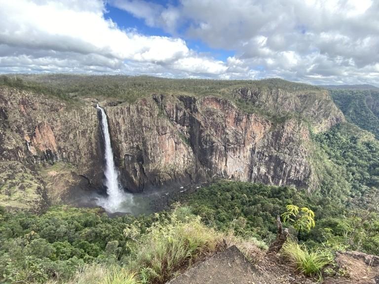 Wallaman Falls in Queensland: der höchste einstufige Wasserfall Australiens