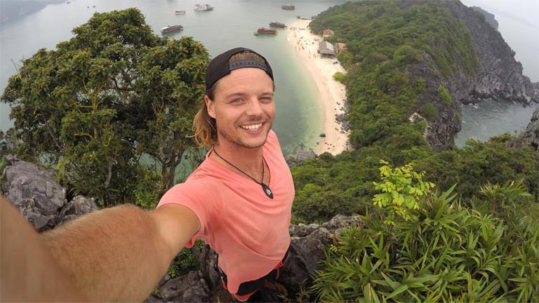 In der Ha Long Bay auf Monkey Island in Vietnam.