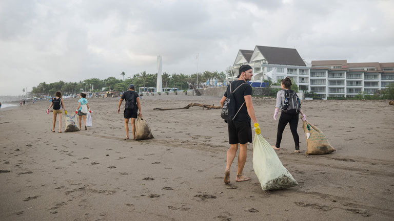 CleanUp in Canggu