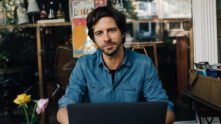 Der Journalist Stephan Orth.