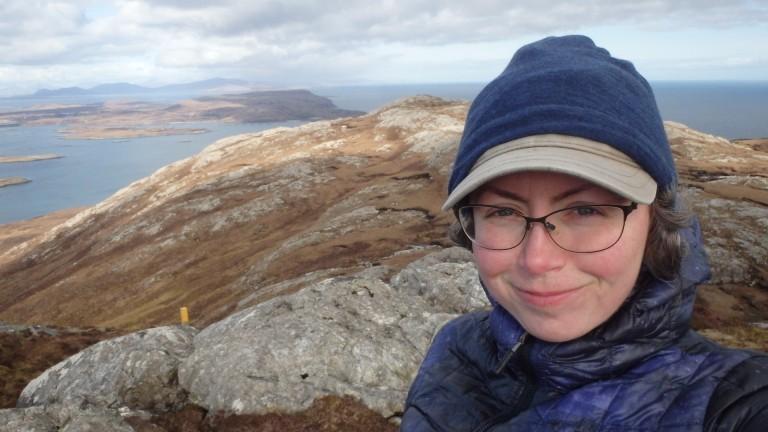 Eva Goletz unterwegs auf den Inseln Schottlands
