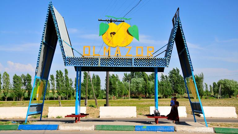 Haltestelle in Usbekistan