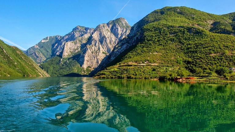 Bergsee in Albanien