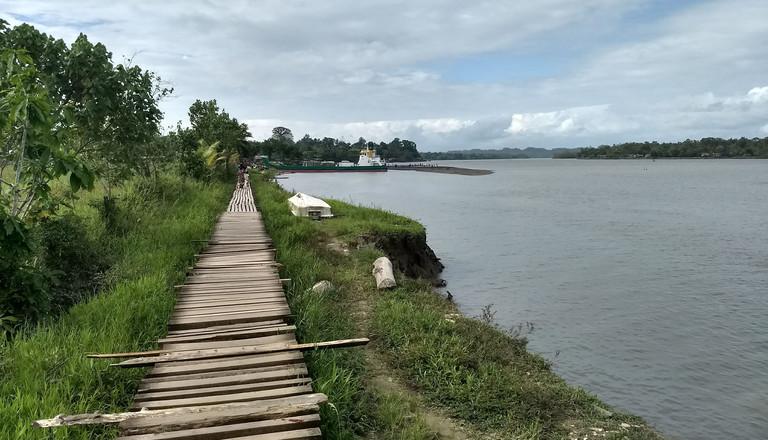 Der Flussweg zum Markt