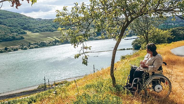 Reisen mit Flußblick: Kim Sumelius unterwegs im Rheingau