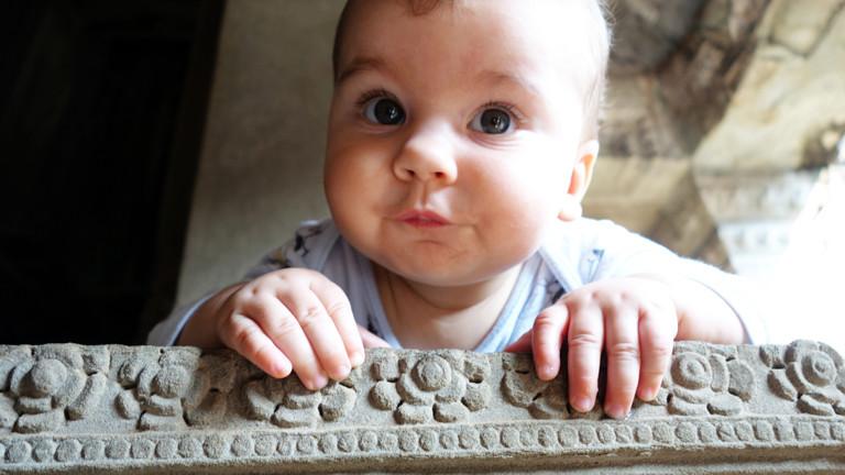 Baby Liam war noch ganz klein als die Reise losging.