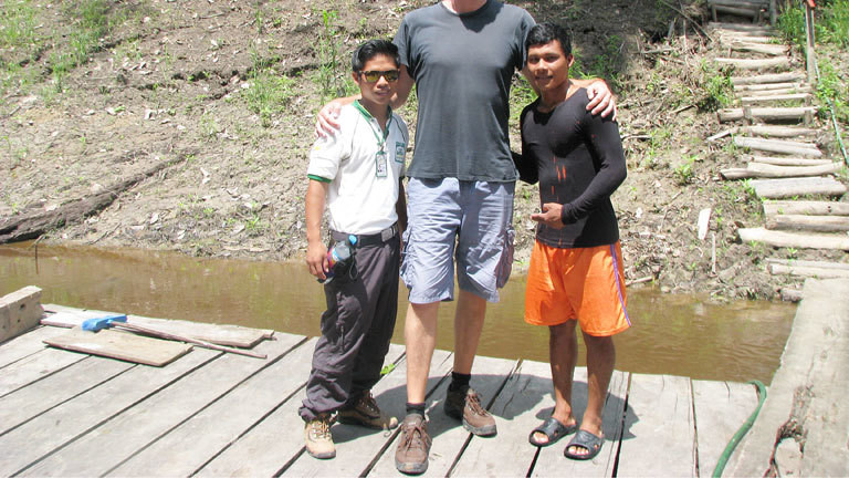 Torsten Johannknecht mit zwei Guides in Peru, sein Kopf passt nicht mehr aufs Bild und ist abgeschnitten