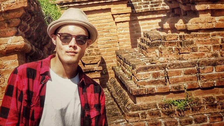 Mikis Weber in einer Tempelanlage Myanmar