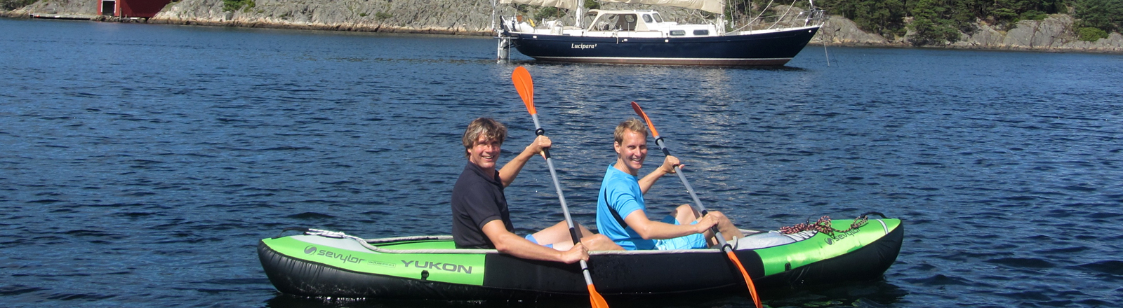 Zwei Männer in einem Boot