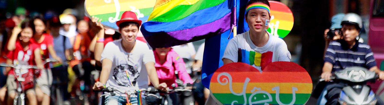 Die Gay Pride in Hanoi, Vietnam.