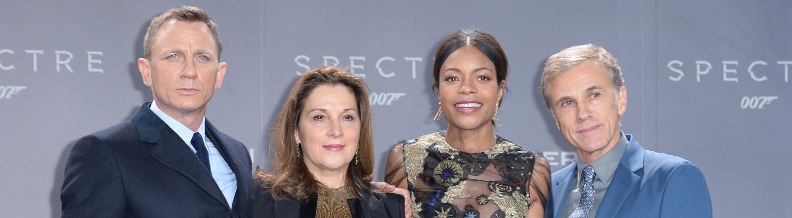 James-Bond-Premiere in Deutschland, Daniel Craig, Barbara Broccoli, Naomi Harris, Christoph Waltz
