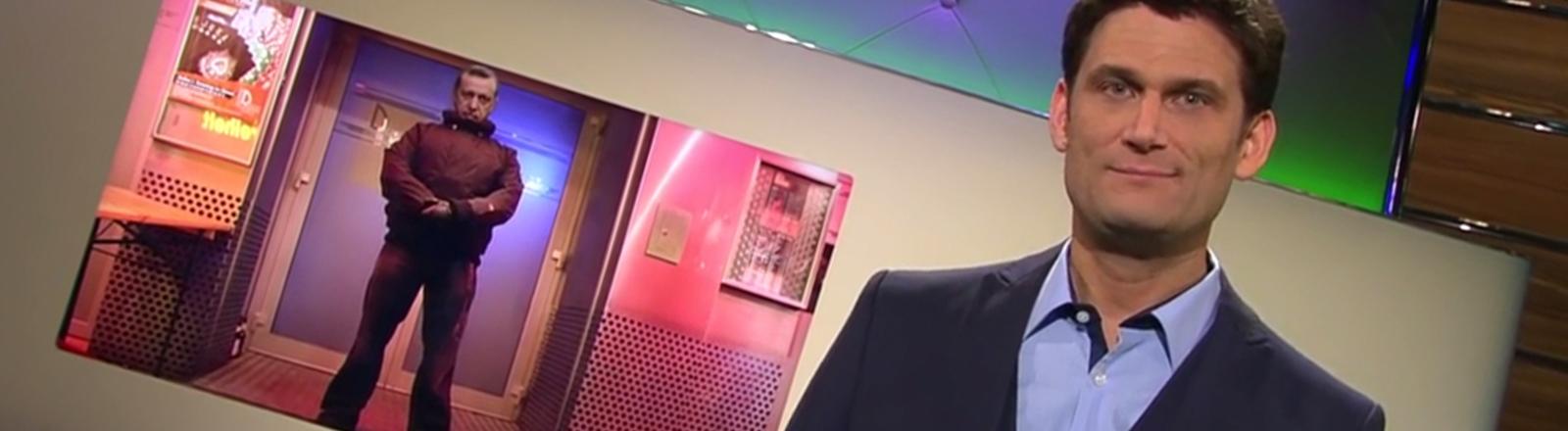 Der Moderator Christian Ehring von Extra 3.