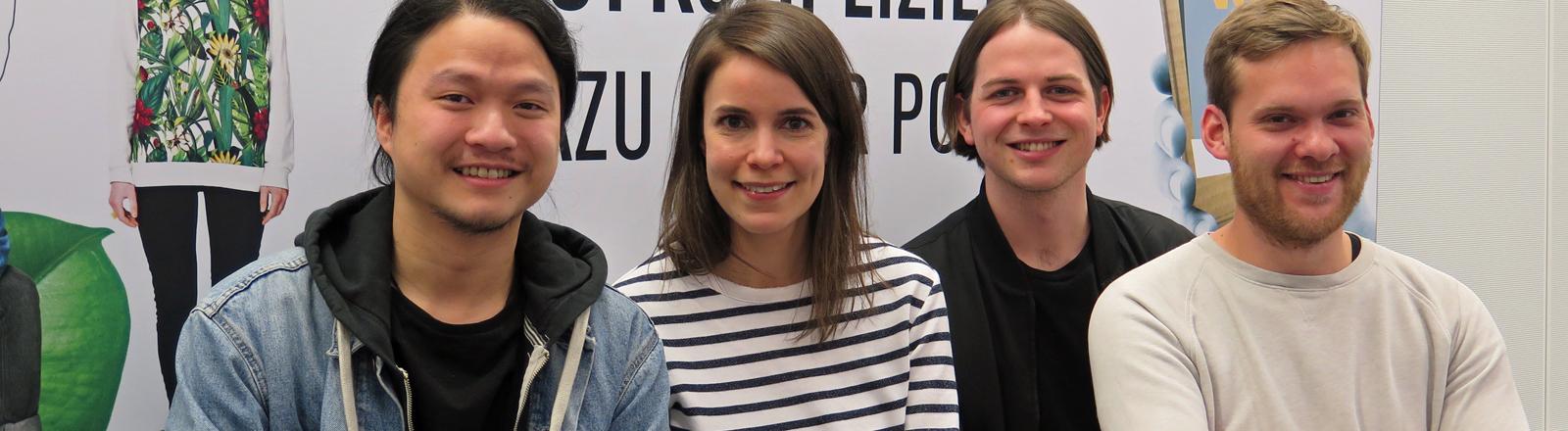 DRadio-Wissen-Moderatorin Kaline Thyroff mit der Band  Woman.