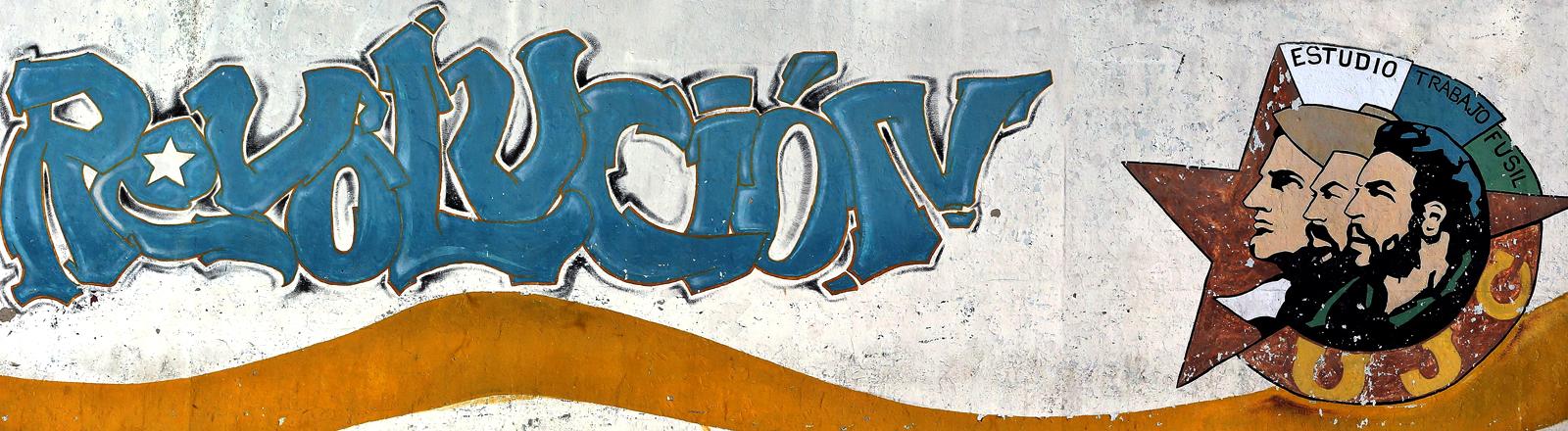 Eine Wandmalerei, das die kubanische Revolution symbolisiert.